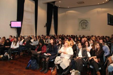 Actividad informativa sobre experiencias académicas en el exterior