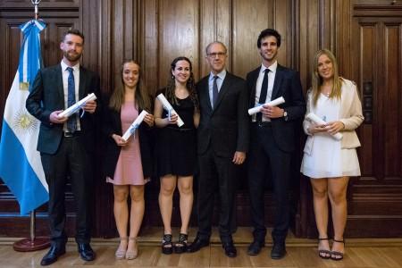 Egresada de la Facultad recibió recientemente el Premio Corte Suprema de Justicia de la Nación