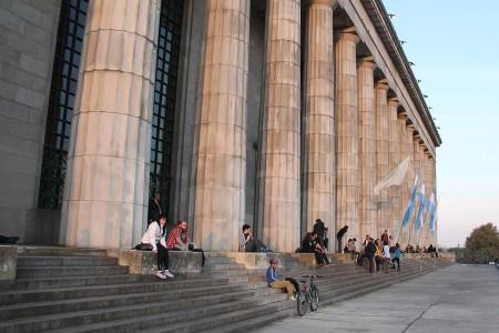 """Encuentro del seminario intercátedra """"Castigo y sistema carcelario en argentina"""": ley de Ejecución Penal, alternativas y víctima no punitivo"""