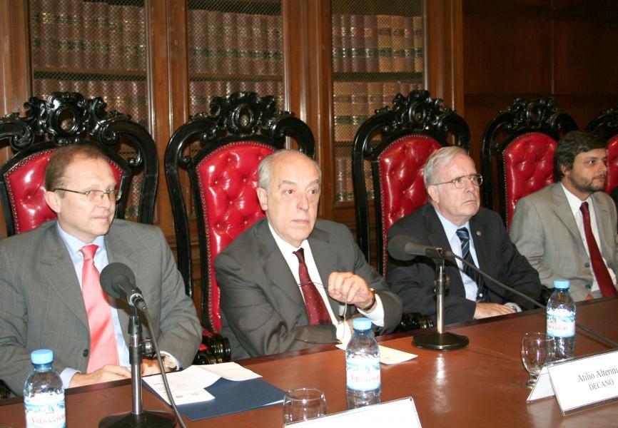 Gustavo Martín Prada, Atilio Alterini, Tulio Ortiz y Gonzalo Álvarez