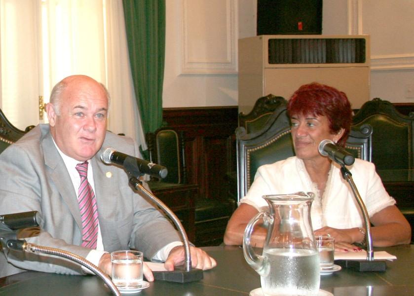Rubén Hallú y Mónica Pinto