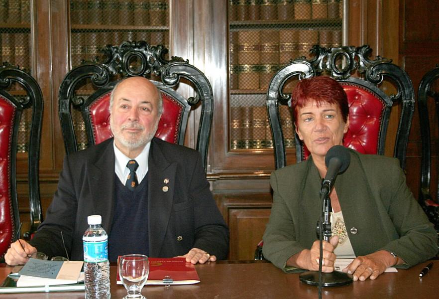 Juan Guzmán Tapia y Mónica Pinto