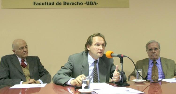 Víctor Tau Anzoátegui, Thomas Duve y Tulio Ortiz