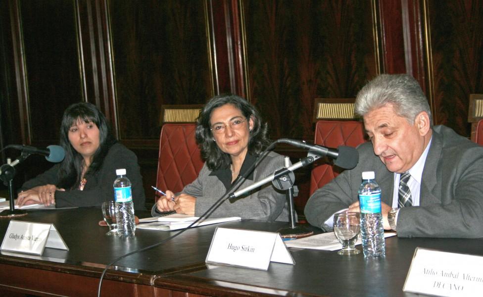 Mónica Fernández, Gladys Acosta Vargas y Hugo Sirkin