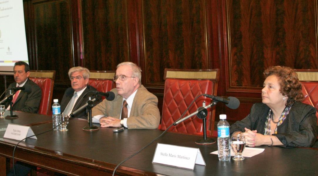 Florentín Meléndez, Alberto J. B. Iribarne, Tulio Ortiz y Stella Maris Martínez