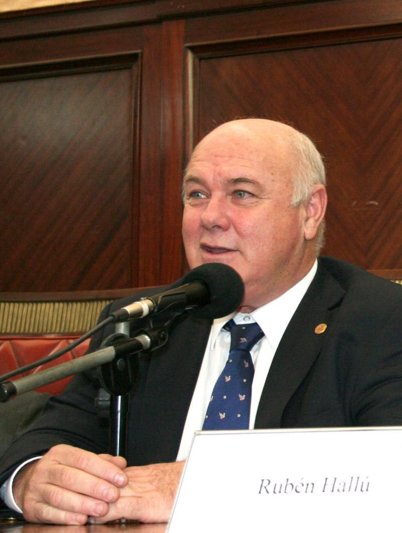 Rubén Hallú