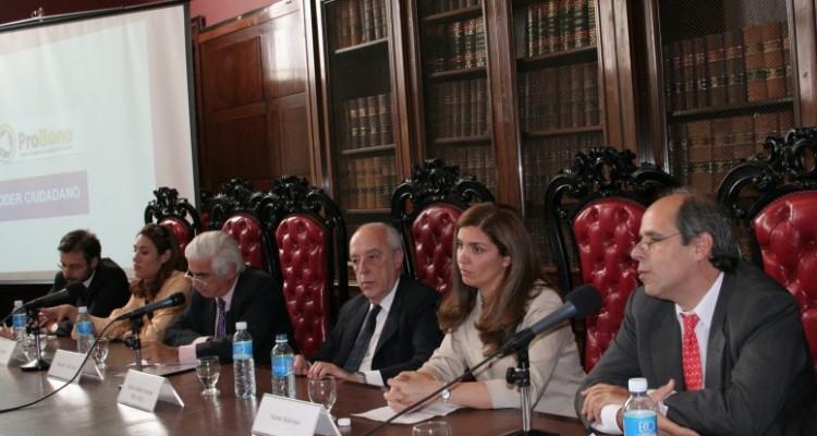 Julián Costábile, Rina Barbieri, Enrique V. del Carril, Atilio Alterini, Varina Suleiman y Martín Zapiola Guerrico