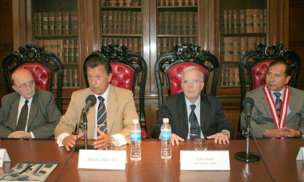 Miguel Ángel Ciuro Caldani, Alberto Dalla Vía, Tulio Ortiz y Víctor Ticona Postigo