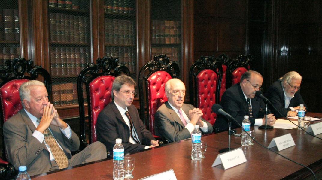 Enrique G. Bulit Goñi, Horacio G. A. Corti, Atilio A. Alterini, José O. Casás y Arístides H. M. Corti