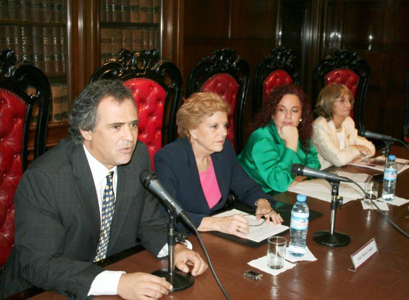 Mauricio Devoto, Ana María Conde, Carla Cavaliere y Teresa Moya