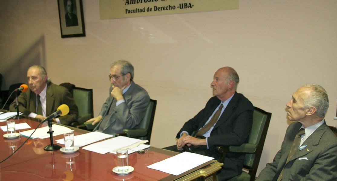 Carlos Floria, José Carlos Chiaramonte, Héctor J. Tanzi y Abelardo Levaggi