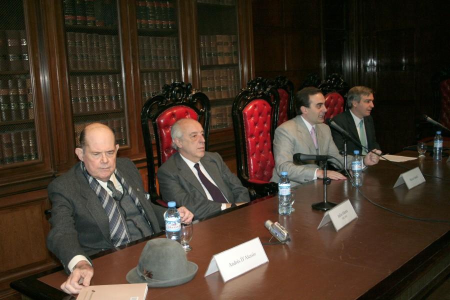 Andrés D´Alessio, Atilio A. Alterini, Héctor Sabelli y Alfonso Santiago (h)