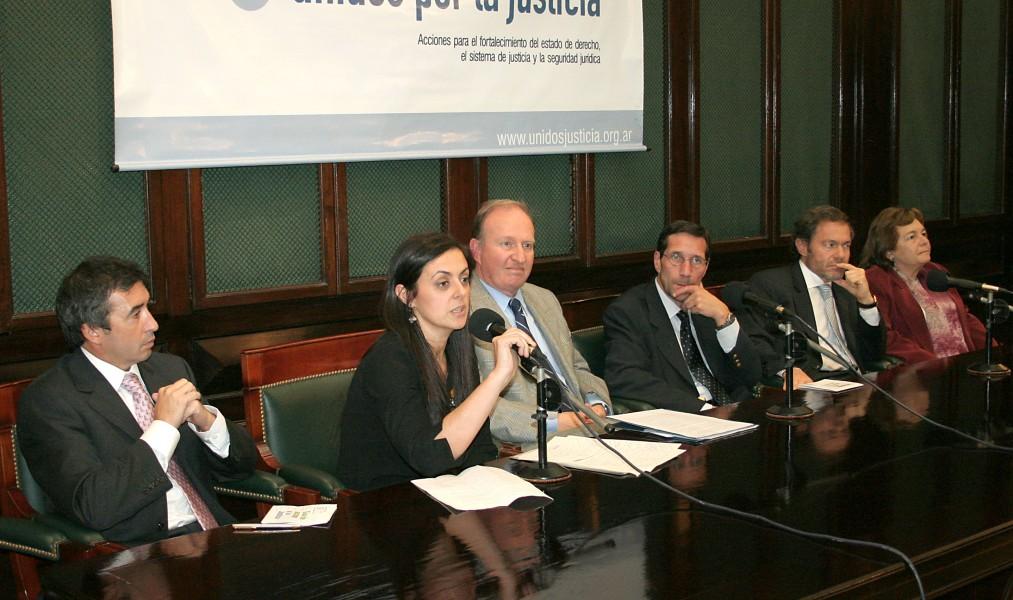 Santiago Otamendi, Fernanda Rodríguez, Daniel Sabsay, Christoph Korneli, Gustavo Ferrari y Stella Maris Martínez
