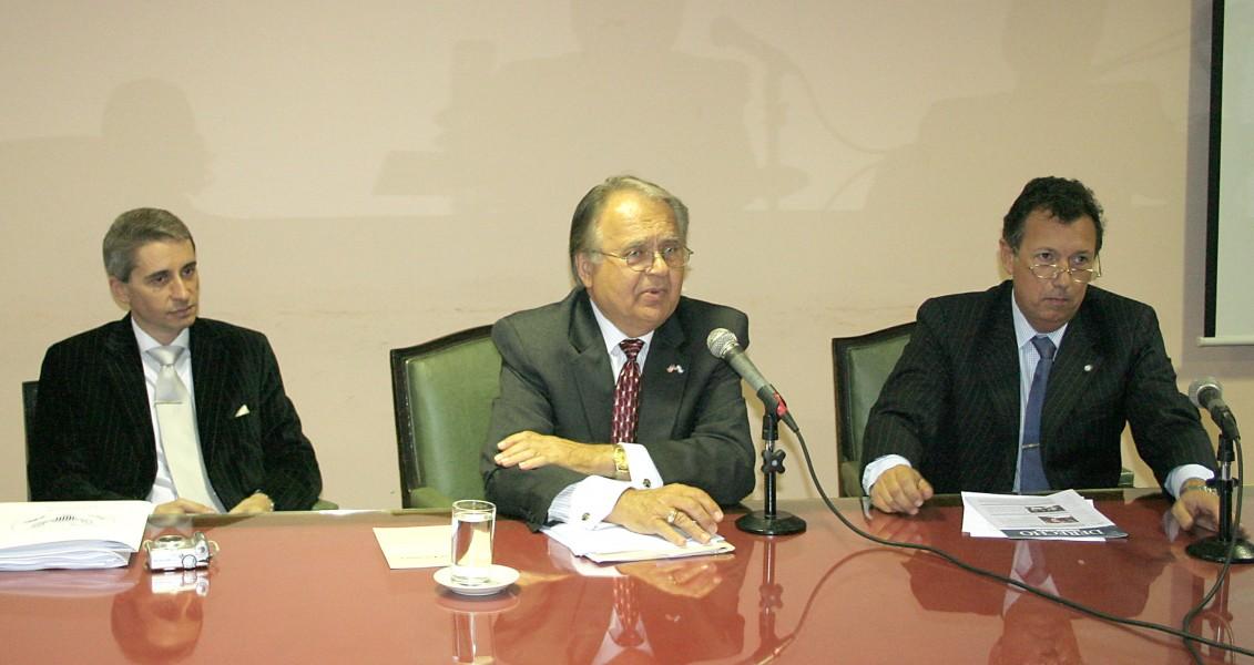Luis Palma, Bodhan Futey y Alberto Dalla Vía
