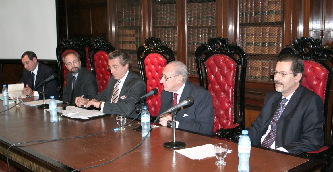 Gustavo González Acosta, Gustavo Naveira de Casanova, Daniel R. Vítolo, Marcelo Lascano y Héctor O. Chomer