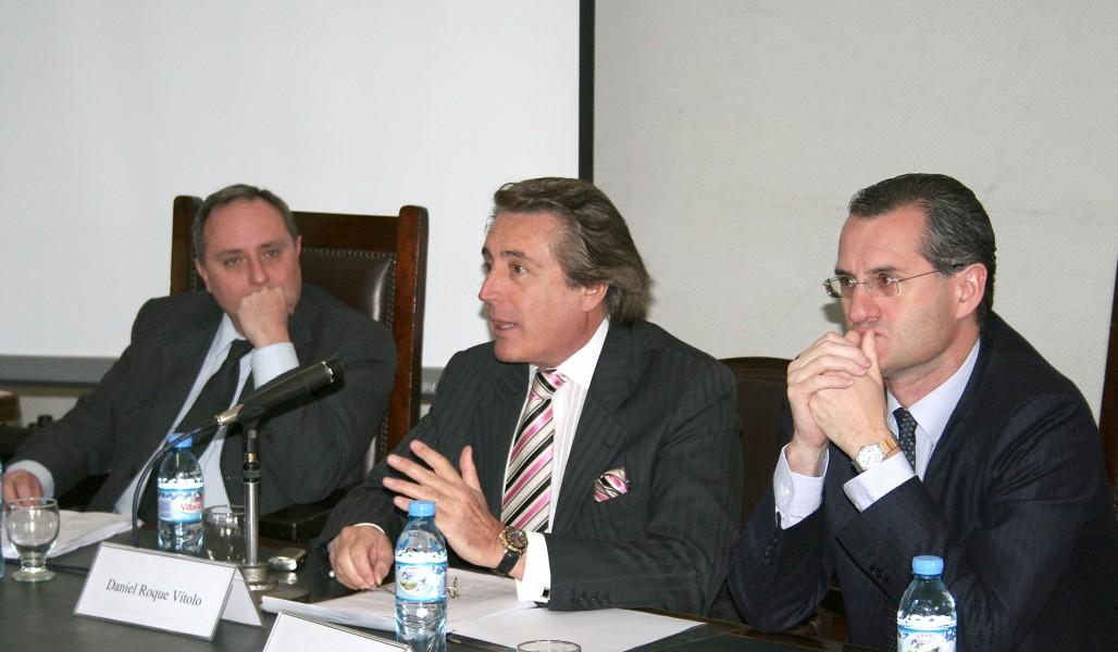 Roque J. Caivano, Daniel R. Vítolo y Alexis Mourre