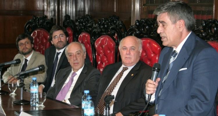 Gonzalo Álvarez, Carlos Mas Velez, Atilio Alterini, Ruben Hallú y Ricardo de Ángel Yágüez