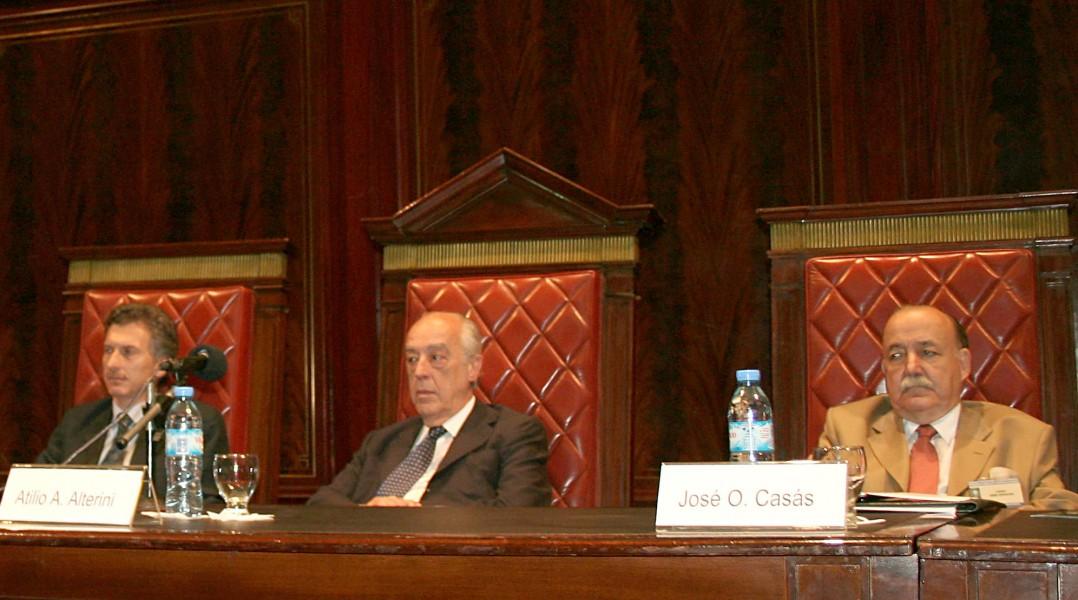Mauricio Macri, Atilio A. Alterini y José O. Casás