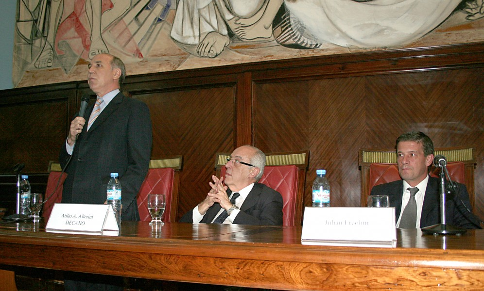 Ricardo L. Lorenzetti, Atilio A. Alterini y Julián Ercolini