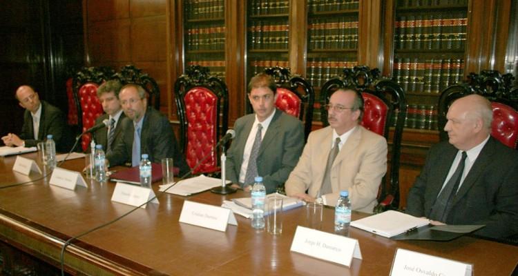 Ezequiel Lipovetzki, Carlos Abeledo, Gustavo J. Naveira, Eduardo Laguzzi, Cristian Durrieu y Jorge H. Damarco