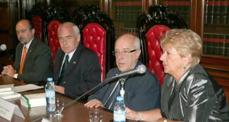 Gonzalo Yrurtia, Enrique Meyer, Atilio A. Alterini y Graciela Güidi