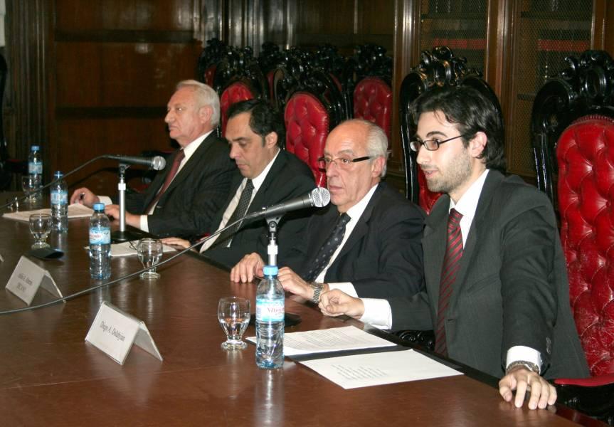 Mario A. Schmoisman, Raúl Gustavo Ferreyra, Atilio A. Alterini y Diego A. Dolabjian