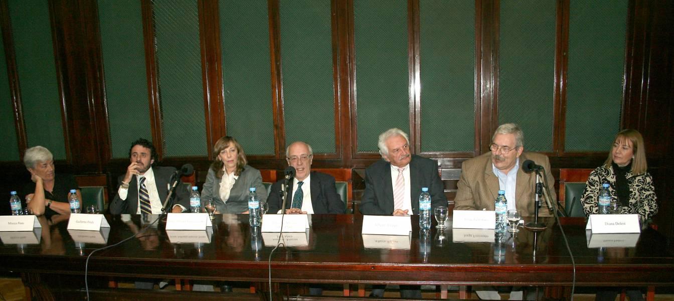 Mónica Pinto, Guillermo Friele, Irma Adriana García Netto, Atilio A. Alterini, Alberto Filippi, Jorge Ferronato y Diana Delest