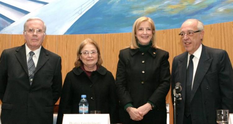 Tulio Ortiz, Edith Litwin, María Beatriz Guglielmotti y Atilio A. Alterini