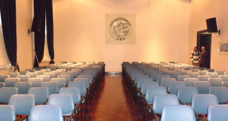 Acto inaugural del Salón Azul de la Facultad de Derecho