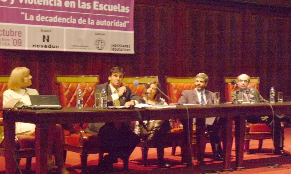 Lidia Garrido Cordobera, Domingo Bello Janeiro, Andrea G. Kaplan, Fernando Osorio y Néstor Solari