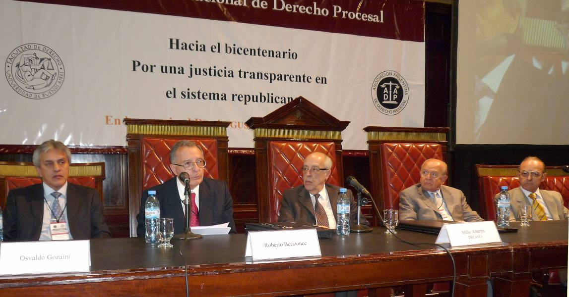 Osvaldo Gozaíni, Roberto Berizonce, Atilio A. Alterini, Roland Arazi y Juan Carlos Hitters