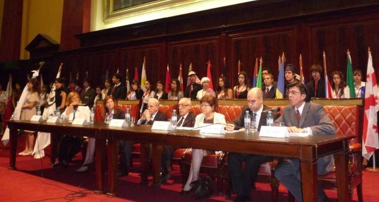 Lía Rueda, Peggy Vissers, Tulio Ortiz, Atilio A. Alterini, Vilma Martínez, Horacio Rodríguez Larreta y Daniel Lucarella
