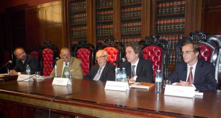 Gustavo J. Naveira de Casanova, José O. Casás, Atilio A. Alterini, Marcos García Etchegoyen y Luis Mendez