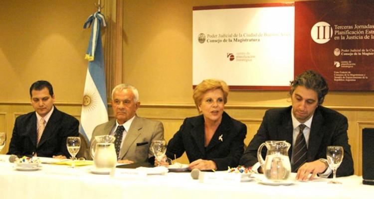 Gabriel Vega, Julio de Giovanni, Ana María Conde y Juan Pablo Mas Velez