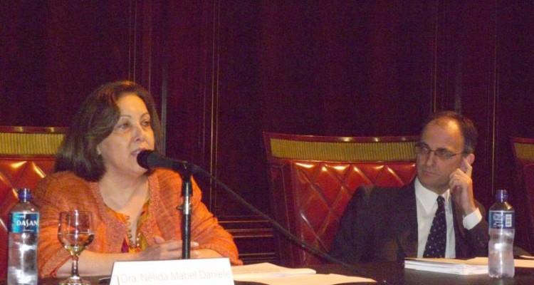 Nélida M. Daniele y Carlos F. Balbín