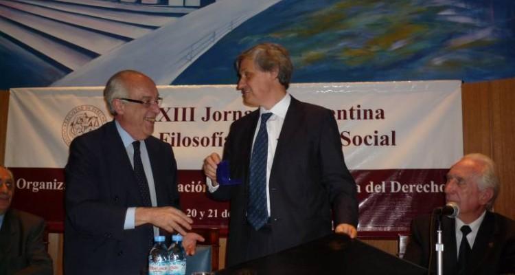 Atilio A. Alterini y Manuel Atienza Rodríguez