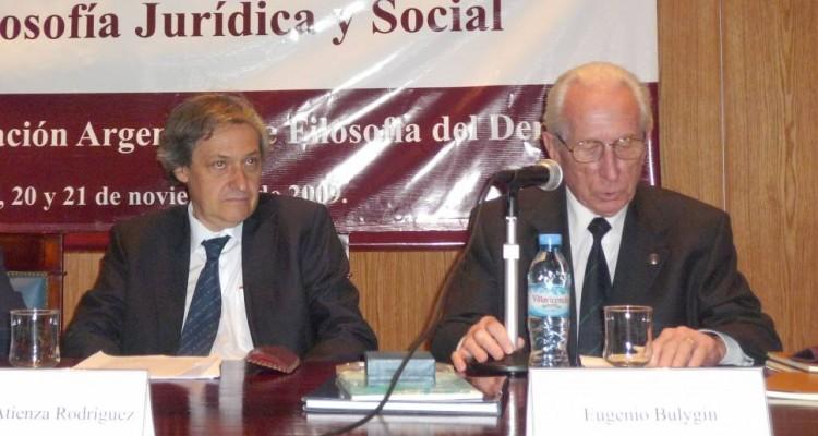 Manuel Atienza Rodríguez y Eugenio Bulygin