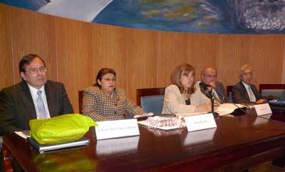 Roberto Ruiz D�az Labrano, Silvia Rosales, Sandra C. Negro, Ricardo Vigil Toledo y Carlos M. Correa