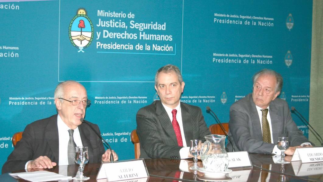 Atilio Alterini, Julio Alak y Eduardo Mendez