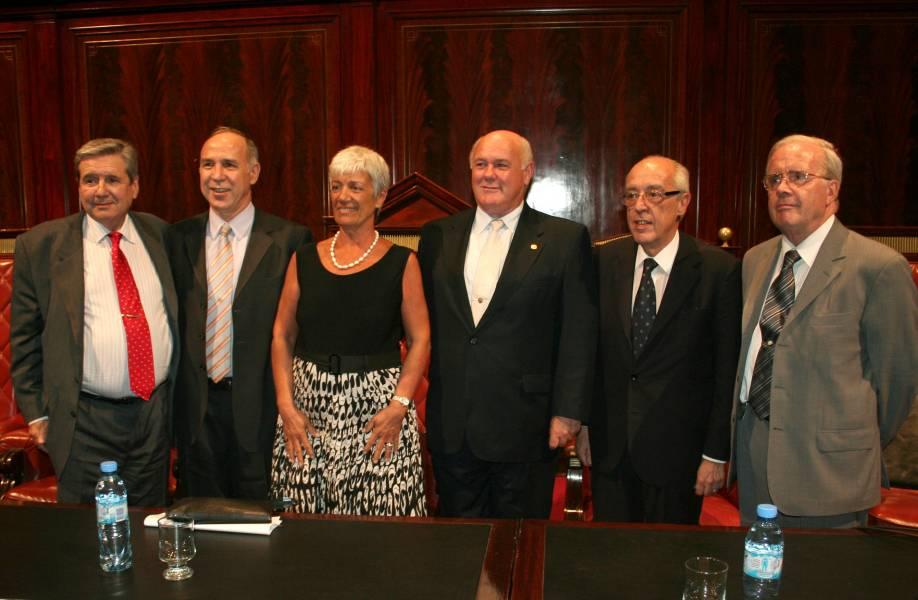 Alberto J. Bueres, Ricardo L. Lorenzetti, Mónica Pinto, Rubén Hallú, Atilio Alterini y Tulio Ortiz
