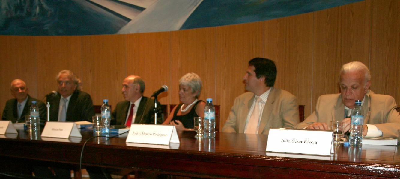 Raúl A. Etcheverry, Diego Fernández Arroyo, Ricardo L. Lorenzetti, Mónica Pinto, José A. Moreno Rodríguez y Julio C. Rivera