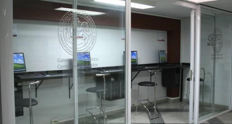 Nuevo gabinete informático del Centro de Graduados