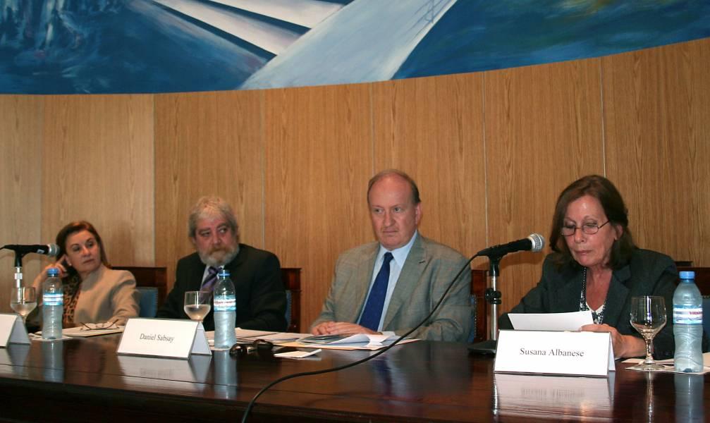 Adelina Loianno, Gregorio Flax, Daniel Sabsay y Susana Albanese