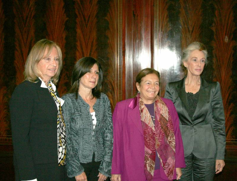 Hilda Kogan, Patricia Azzi, Stella Maris Martínez y Catharine MacKinnon