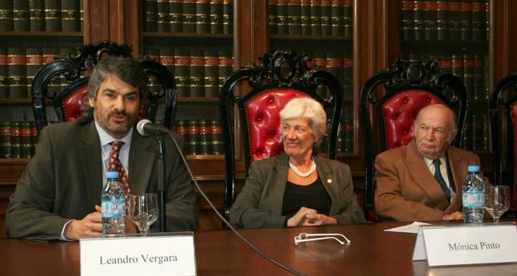 Leandro Vergara, M�nica Pinto y David Baig�n