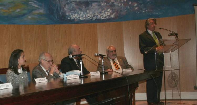 Eloisa Rodríguez Campos, Atilio Alterini, Carlos Chiara Díaz, Marcelo Castrogiovanni y Daniel R, Vítolo