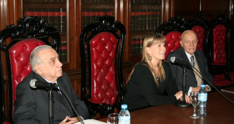José M. Díaz Couselo, Silvia Nonna y Víctor Tau Anzoátegui