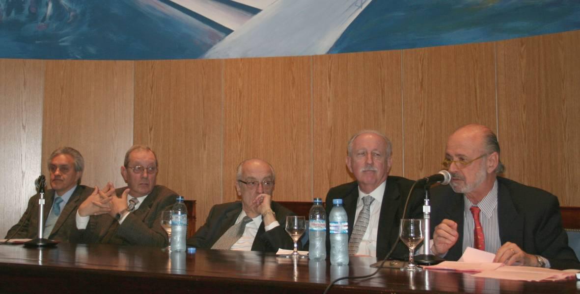 Osvaldo Gozaíni, Enrique Falcón, Atilio Alterini, Jorge Kielmanovich y Eduardo Sirkin