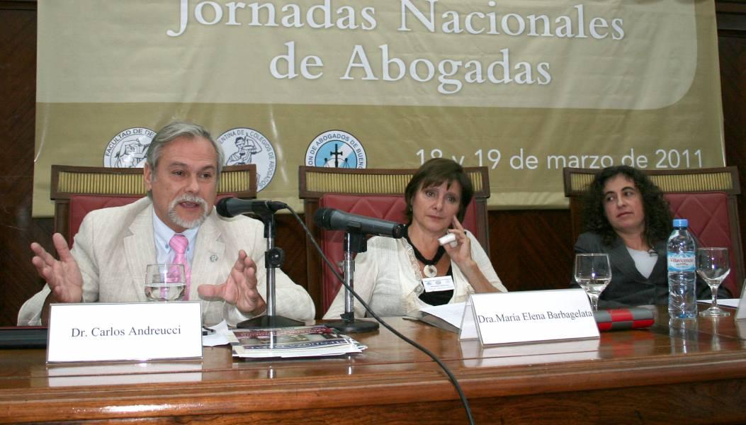 Carlos Andreucci, María Elena Barbagelata y Mary Beloff
