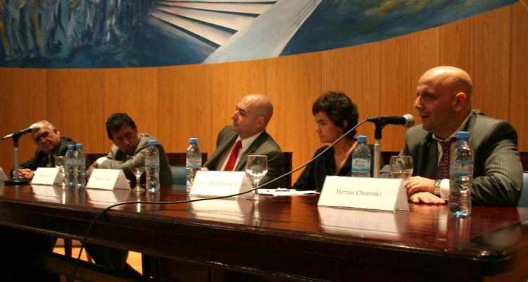 Ricardo Gil Lavedra, Alberto R. Dalla Via, Alejandro Tullio, María Eugenia Estenssoro y Hernán Charosky